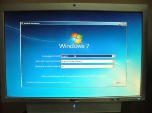 Windows 7インストールディスク起動直後